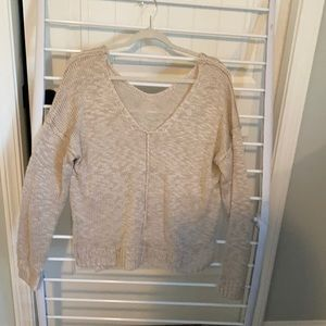 Sweaters - V front and back light sweater